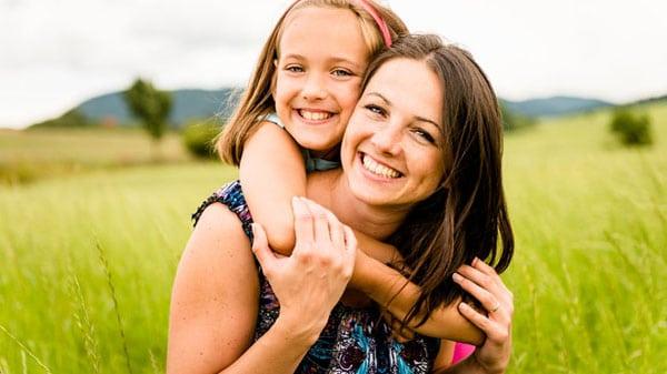 Beitragsbild glückliche Mutter mit Kind