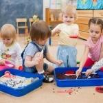 Beitragsbild: Kinder in Kita