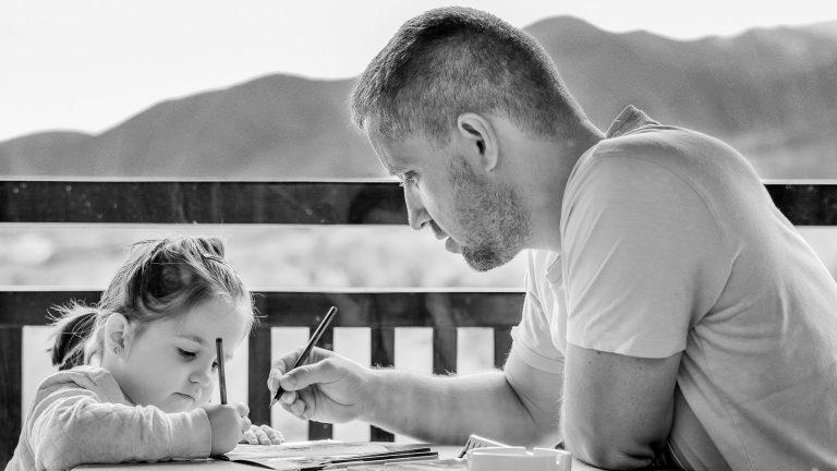 Corona-Krise: Hilfe wieder nur für regierungsgenormte Eltern?